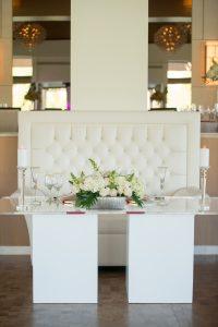 Sweetheart Table_Plexi Glass_Acrylic_White Wedding